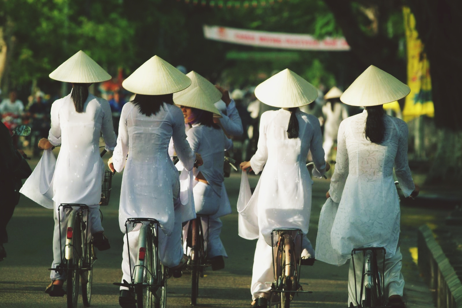 Female students of Hue in their traditional Ao Dai